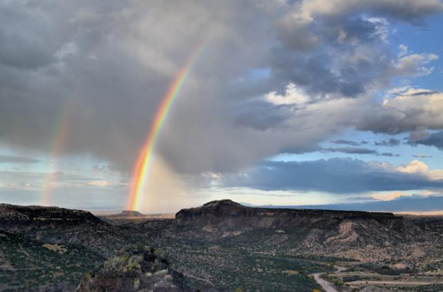 White Rock, New Mexico overlooking the Rio Grande River